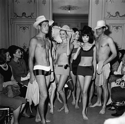 Photograph - Pierre Cardin Fashion Show by Keystone-france