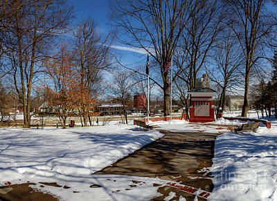 Photograph - Pittsford Canal Park by William Norton