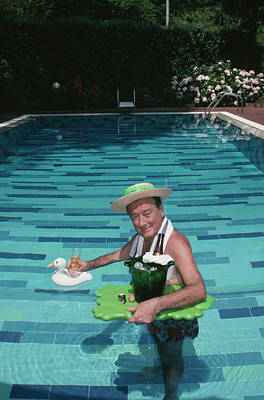 Drinking Photograph - Sirio Maccioni by Slim Aarons
