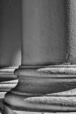 Photograph - White Columns by Robert Ullmann