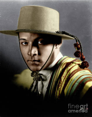 Photograph - Rudolph Valentino by Granger