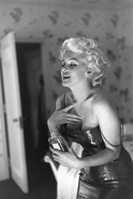 Photograph - Marilyn Getting Ready To Go Out by Michael Ochs Archives