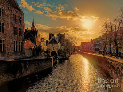 Photograph - 3 Nights In Brugge No 13  by Leigh Kemp