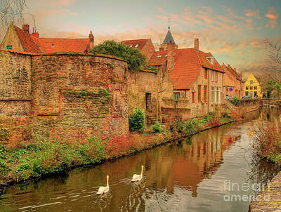 Photograph - 3 Nights In Brugge No 2 by Leigh Kemp
