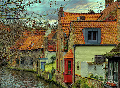 Photograph - 3 Nights In Brugge No 37  by Leigh Kemp