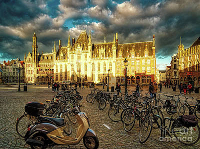 Photograph - 3 Nights In Brugge No #40 by Leigh Kemp