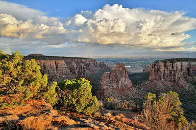 Photograph - Sunrise At Colorado National Monument by Ray Mathis