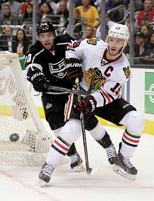 Nhl Photograph - Chicago Blackhawks V Los Angeles Kings by Harry How