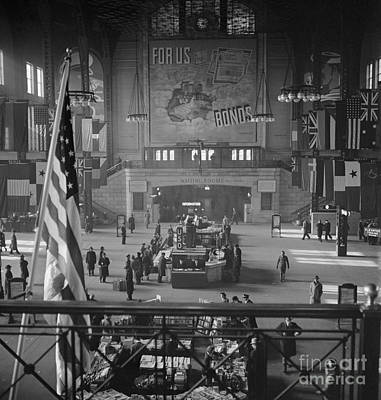 Photograph - Chicago Union Station by Delano