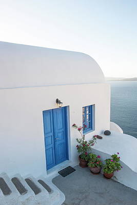 Photograph - Oia, Santorini, Cyclades, Greek by Neil Emmerson / Robertharding