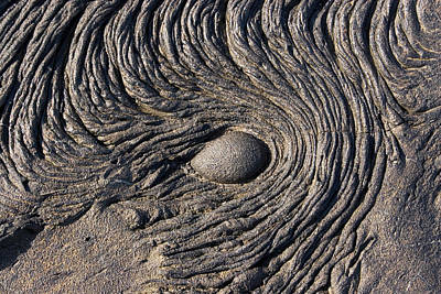 Photograph - Pahoehoe Lava by David Hosking