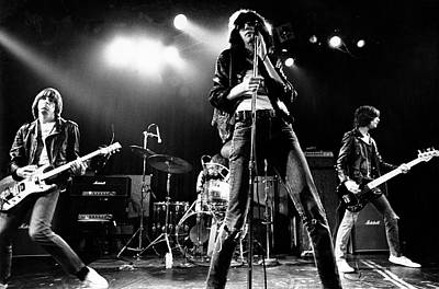 Photograph - Photo Of Ramones by Michael Ochs Archives