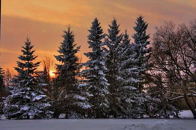 Photograph - 4.30 Pm December Sunset by David Matthews