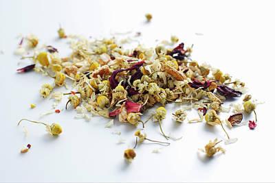 Photograph - Close Up Of Pile Of Tea Leaves by Brett Stevens