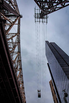 Photograph - 59th Street Bridge Roosevelt Island Tram Andhigh Rise Building by Robert Ullmann