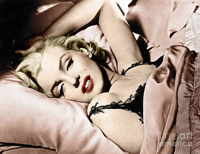 Photograph - Marilyn Monroe by Granger