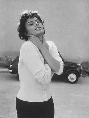 Sophia Loren Art Print by Loomis Dean