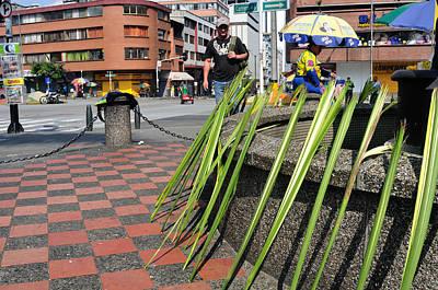 Colored Pencils - Medellin - Colombia by Carlos Mora