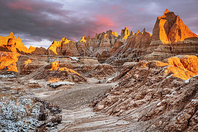Photograph - A Badlands Sunrise With Snow by Jim Thompson