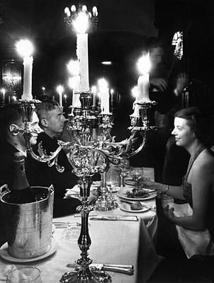 Photograph - A Good Meal by Erich Auerbach