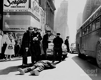 Photograph - A Policeman Interviews Edwin Marius At by New York Daily News Archive