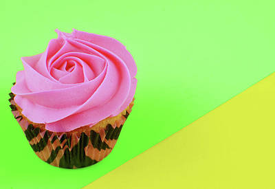 Photograph - A Pop Of Pink Cupcake by Perry Correll