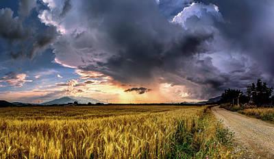 Clouds - A Reiki moment by Elias Pentikis