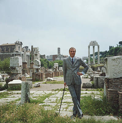 Photograph - A Roman Prince by Slim Aarons