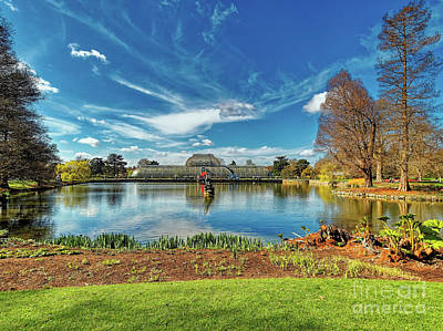 Photograph - A Sunny Morning At Kew Gardens by Leigh Kemp