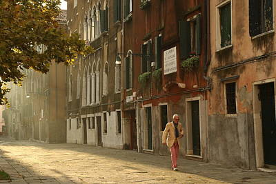 Photograph - A Venetian Stroll by Mary Buck