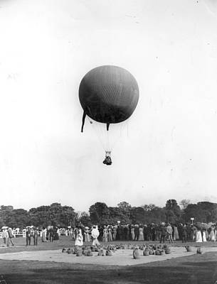 Photograph - A Winning Balloon by Hulton Archive
