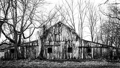Photograph - Abandoned Barn Highway 6 V6 by Michael Arend