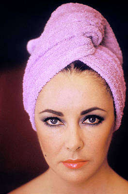 Photograph - Actress Elizabeth Taylor Poses by Getty Images