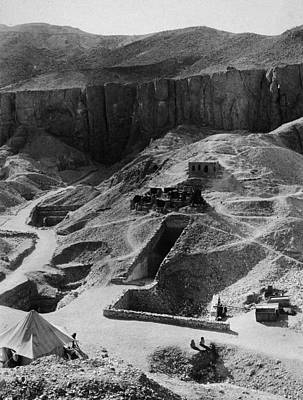 Aerial Of Valley Of The Kings Art Print by Hulton Archive
