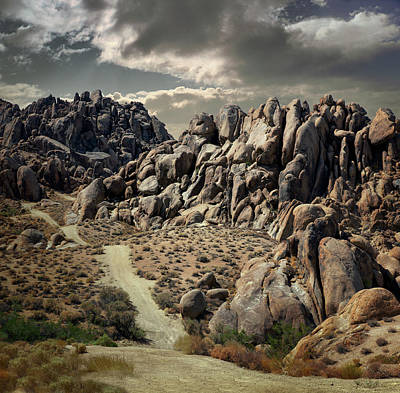 Photograph - Alabama Hills, Lone Pine, California by Ed Freeman