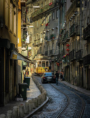 Photograph - Alfama by Bill Martin