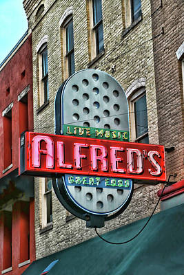 Photograph - Alfred's - Memphis by Allen Beatty