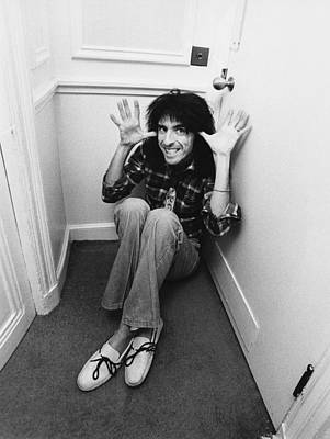 Photograph - Alice Cooper At The Savoy by Fin Costello