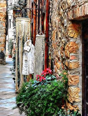 Photograph - Alley View To Shops Pienza by Dorothy Berry-Lound