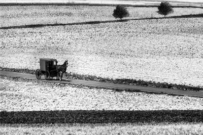 Photograph - Amish Country Lancaster Pennsylvania Bw by Susan Candelario