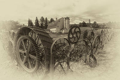 Photograph - Antique Dahmen Barn by Mark Kiver