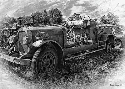 Photograph - Antique Firetruck V3 by Wesley Nesbitt