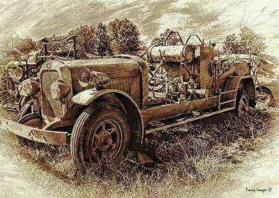 Photograph - Antique Firetruck  by Wesley Nesbitt