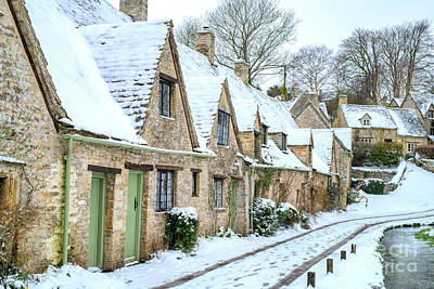 Photograph - Arlington Row Bibury In December by Tim Gainey