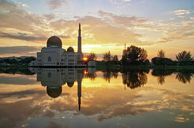 Islam Wall Art - Photograph - As-salam Mosque by Photo By Mozakim