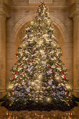 Photograph - Astor Hall Nypl Christmas Tree by Susan Candelario