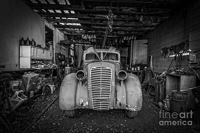 Photograph - Auto Repair by Edward Fielding