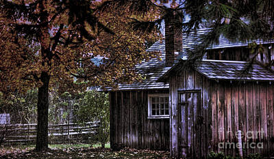 Photograph - Autumn Cabin by Elaine Manley