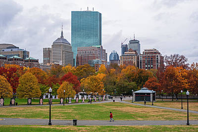 Photograph - Autumn Foliage On The Boston Common Boston Ma by Toby McGuire