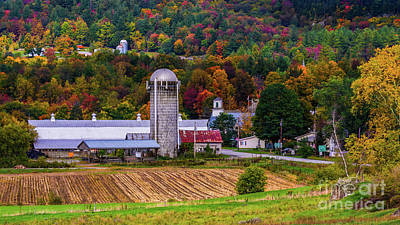 Photograph - Autumn In Montgomery by New England Photography
